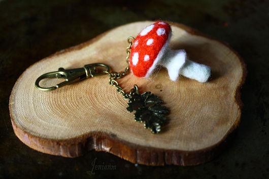 """Брелоки ручной работы. Ярмарка Мастеров - ручная работа. Купить Брелок """"Мухомор"""". Handmade. Ярко-красный, гриб, лес"""