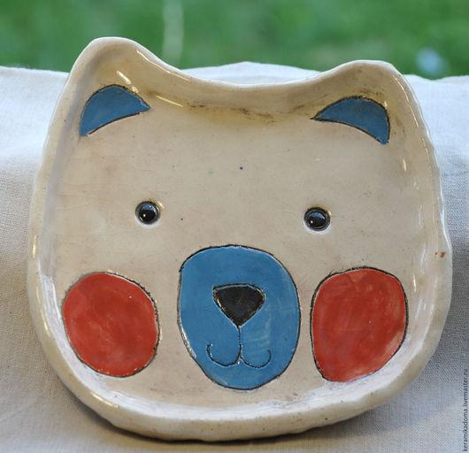"""Тарелки ручной работы. Ярмарка Мастеров - ручная работа. Купить Тарелка """"Мишка"""". Handmade. Белый, тарелка, керамика ручной работы"""