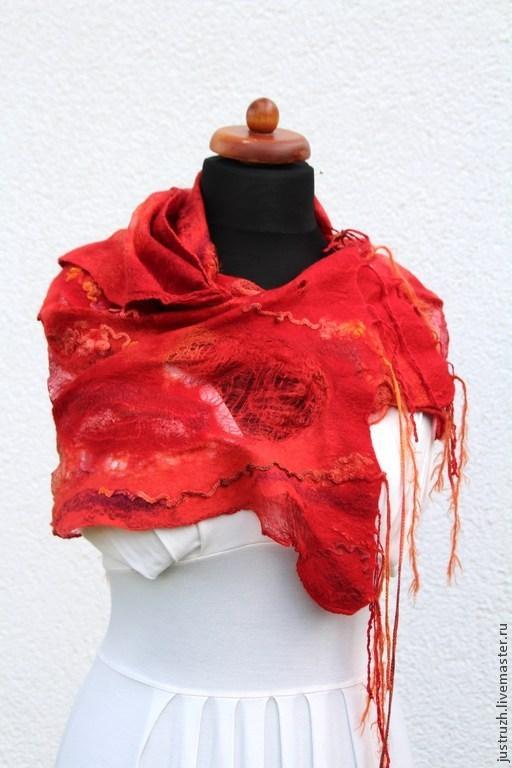 """Шали, палантины ручной работы. Ярмарка Мастеров - ручная работа. Купить Валяный палантин """"Пожар"""". Handmade. Ярко-красный, огненный"""