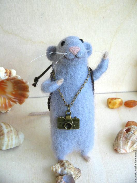 Игрушки животные, ручной работы. Ярмарка Мастеров - ручная работа. Купить Мышонок путешественник Лекс. Handmade. Серый, сказочная мышка