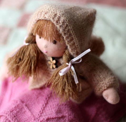 Вальдорфская игрушка ручной работы. Ярмарка Мастеров - ручная работа. Купить Вальдорфская кукла Лилия (23 см) с гардеробом. Handmade.