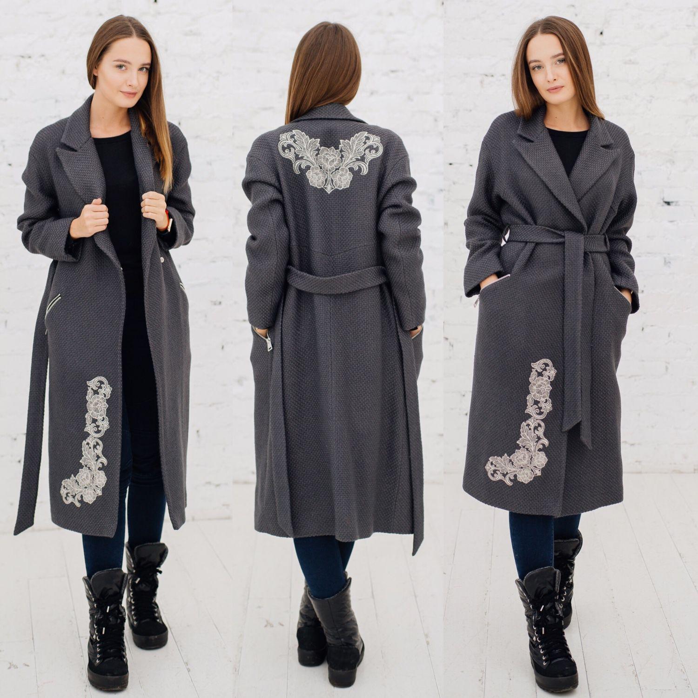 59b88923fa2 Верхняя одежда ручной работы. Пальто демисезонное с вышивкой из серого  букле