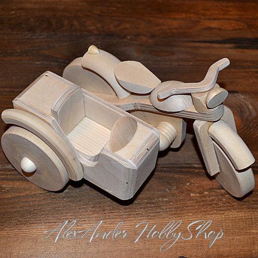 Деревянный мотоцикл с коляской ручной работы по собственным авторским эскизам. Ярмарка мастеров - ручная работа. Купить деревянный мотоцикл. Handmade. Оригинальный подарок и взрослым, и детям.