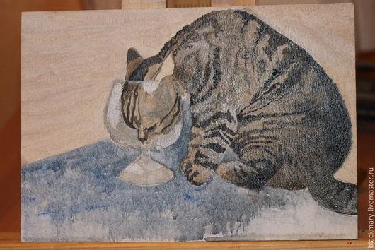 Любопытный носик полосатой кошки