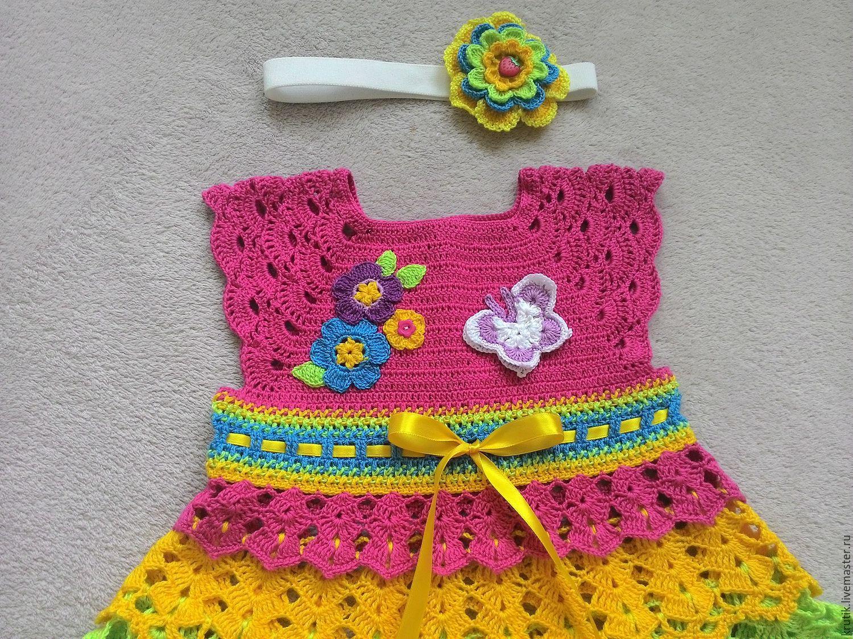 Детское вязаное платье радужный