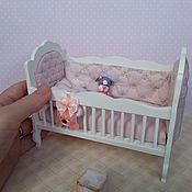 Куклы и игрушки ручной работы. Ярмарка Мастеров - ручная работа Кроватка для куклы № 1. Handmade.
