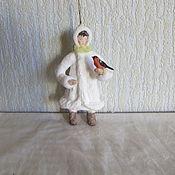 Подарки к праздникам ручной работы. Ярмарка Мастеров - ручная работа Девочка со снегирём. Ватные елочные игрушки. Handmade.