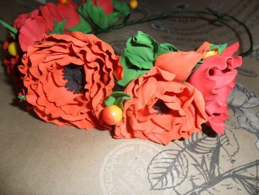 """Диадемы, обручи ручной работы. Ярмарка Мастеров - ручная работа. Купить БОХО Веночек """" КРАСНЫЕ МАКИ"""" с цветами из фоамирана.. Handmade."""