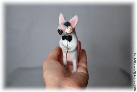 Игрушки животные, ручной работы. Ярмарка Мастеров - ручная работа. Купить Маленький джентльмен (из шерсти). Handmade. Белый, крошка