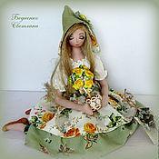 Куклы и игрушки ручной работы. Ярмарка Мастеров - ручная работа Куколка - тряпиенса с деревцем из роз. Handmade.