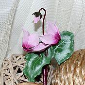 """Украшения ручной работы. Ярмарка Мастеров - ручная работа """"Розовые цикламены"""" Брошь-бутоньерка. Handmade."""