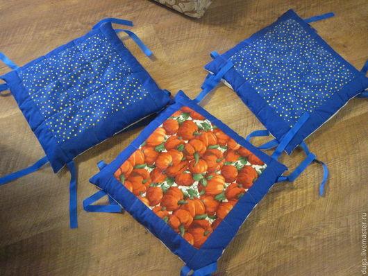 """Кухня ручной работы. Ярмарка Мастеров - ручная работа. Купить Сидушка на стул или табурет  """"Синий горошек""""  № 1. Handmade."""