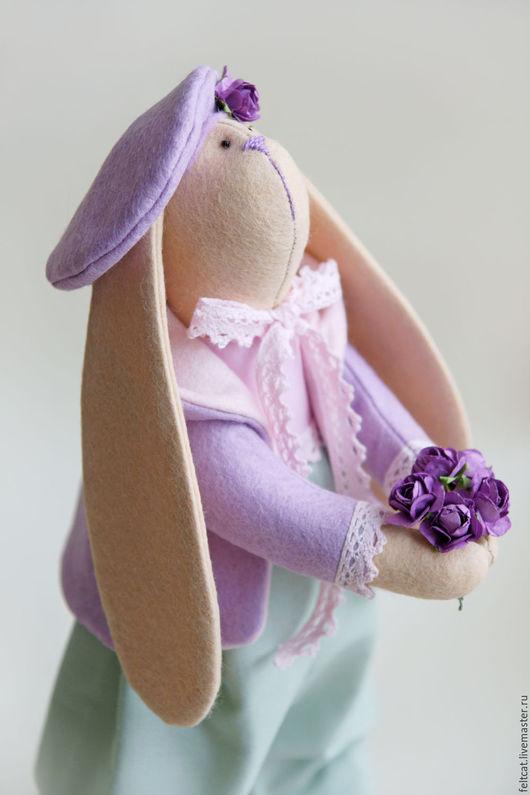 """Куклы Тильды ручной работы. Ярмарка Мастеров - ручная работа. Купить Заяц """"Mint lavender"""" с букетом цветов. Handmade. Сиреневый"""