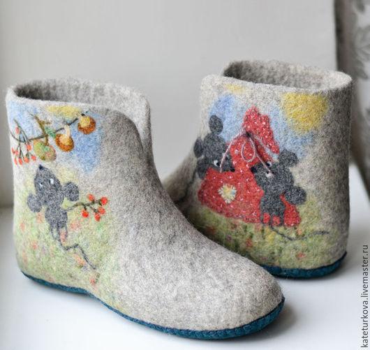 """Обувь ручной работы. Ярмарка Мастеров - ручная работа. Купить Валяные чуни """"Запасливые мышки"""". Handmade. Серый, грибы, Валяние"""