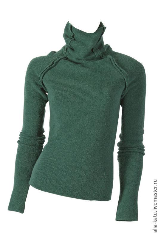 """Кофты и свитера ручной работы. Ярмарка Мастеров - ручная работа. Купить Свитер """"Классика"""". Handmade. Тёмно-зелёный, шерстяной свитер"""