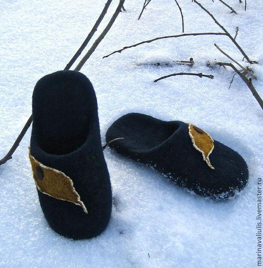 Обувь ручной работы. Ярмарка Мастеров - ручная работа. Купить Валяные тапочки. Handmade. Тёмно-синий, удобные тапочки