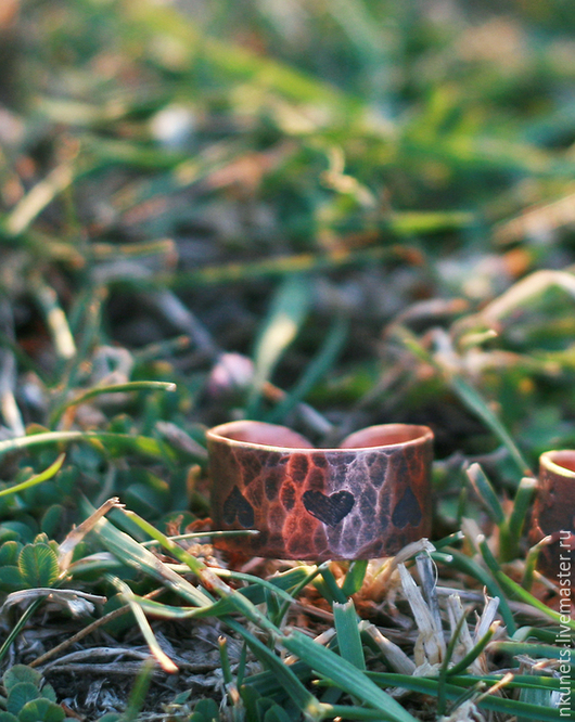 Кольца ручной работы. Ярмарка Мастеров - ручная работа. Купить Медное кольцо с сердечками. Handmade. Коричневый, этно, сердечки