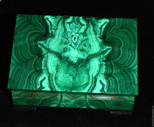 """Шкатулки ручной работы. Ярмарка Мастеров - ручная работа. Купить малахитовая шкатулка """"Змеиная горка"""". Handmade. Зеленый, шкатулка зеленая"""