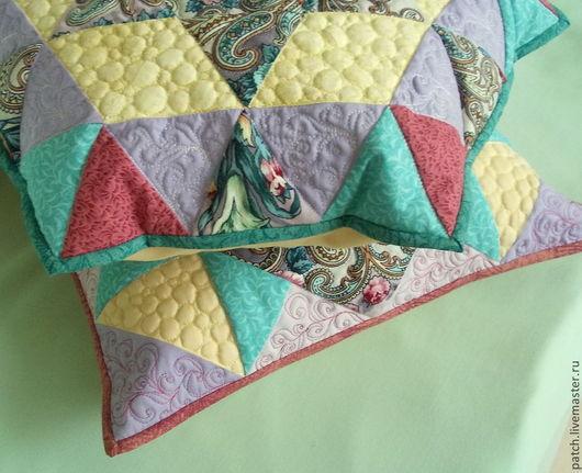 Текстиль, ковры ручной работы. Ярмарка Мастеров - ручная работа. Купить Комплект из 2-х лоскутных подушек-сестричек Аленушка. Handmade.