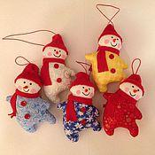 Куклы и игрушки ручной работы. Ярмарка Мастеров - ручная работа Подвесные снеговики. Handmade.