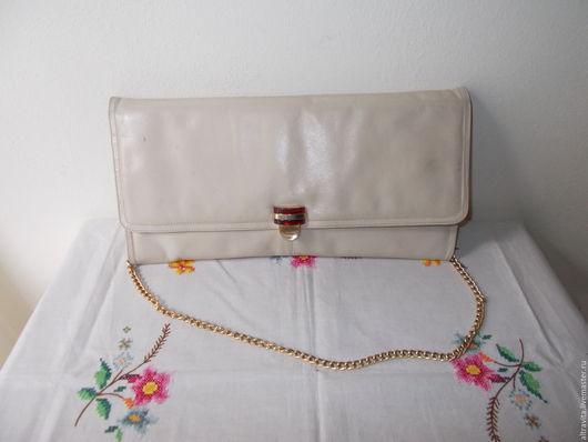 Винтажные сумки и кошельки. Ярмарка Мастеров - ручная работа. Купить Сейчас 20 евро.Белая сумка с люцитовой застежкой винтаж италия. Handmade.