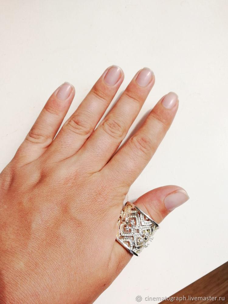 фото колец на большой палец деревянную