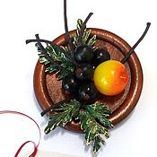 Брошь-булавка ручной работы. Ярмарка Мастеров - ручная работа Черешневая смородина – ягодная брошь – подарок для женщины или девушки. Handmade.