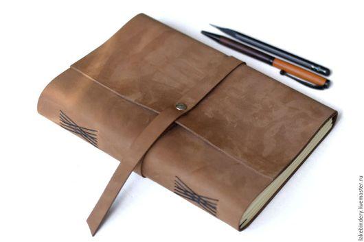Блокноты ручной работы. Ярмарка Мастеров - ручная работа. Купить Блокнот из кожи песочный/ записная книжка из натуральной кожи. Handmade.
