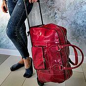 Классическая сумка ручной работы. Ярмарка Мастеров - ручная работа Багажная сумка  на колесиках из натуральной кожи верблюд. Handmade.