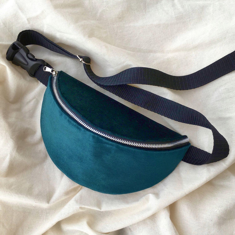 020c99ddc362 Поясные сумки ручной работы. Ярмарка Мастеров - ручная работа. Купить  Бирюзовая велюровая поясная сумка ...