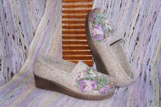 """Обувь ручной работы. Ярмарка Мастеров - ручная работа. Купить Туфли офисные валяные """"Цветочное вдохновение""""  Русский стиль. Handmade."""