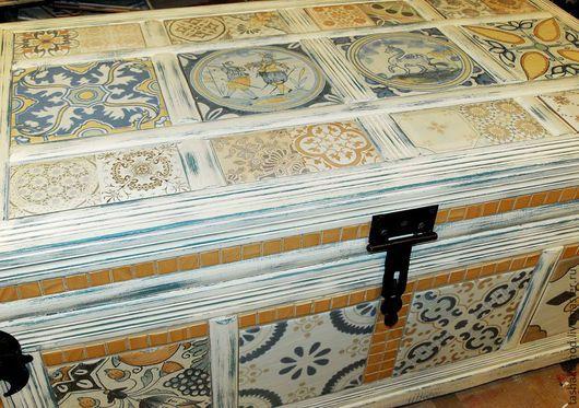 """Мебель ручной работы. Ярмарка Мастеров - ручная работа. Купить Сундук """"Ностальжи"""" (реставрация). Handmade. Разноцветный, стол с плиткой, сундук"""