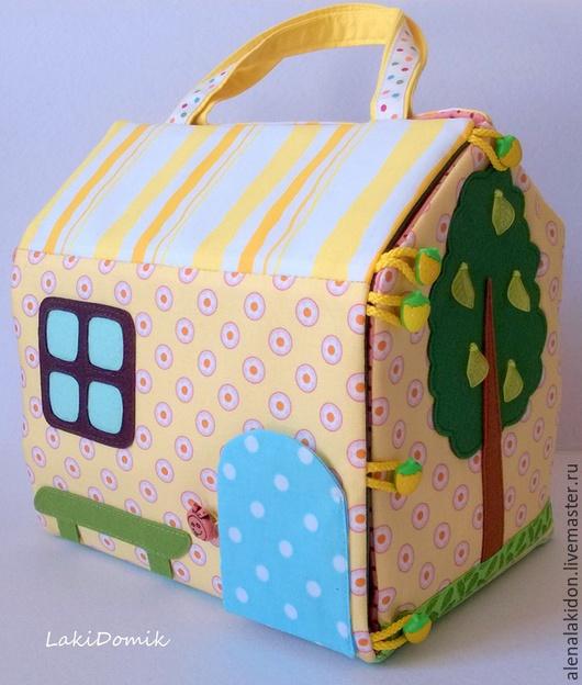 Кукольный дом ручной работы. Ярмарка Мастеров - ручная работа. Купить Кукольный домик-сумочка для девочки. Handmade. Желтый