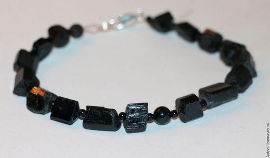 Браслет № 1-   природные кристаллы и бусина шерл гладкая 6 мм.....