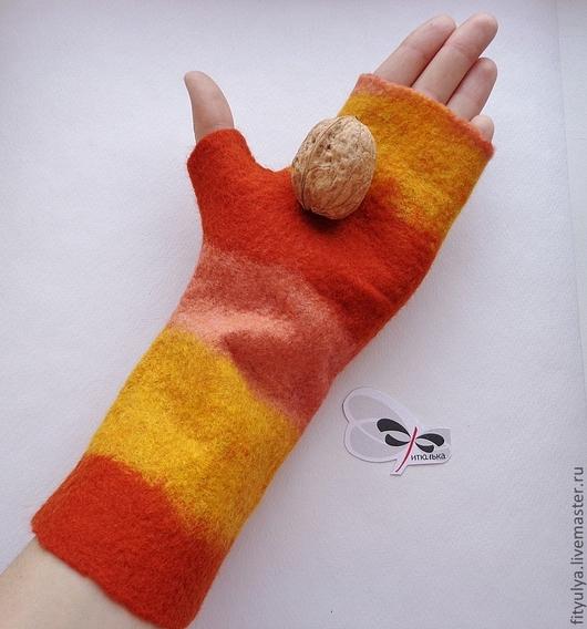 """Варежки, митенки, перчатки ручной работы. Ярмарка Мастеров - ручная работа. Купить Митенки """"Оранжевое настроение"""". Handmade. Оранжевый, шерсть"""