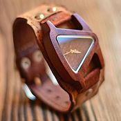 Украшения ручной работы. Ярмарка Мастеров - ручная работа Деревянные часы на деревянной коже Madeira. Handmade.