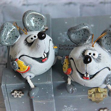 """Сувениры и подарки ручной работы. Ярмарка Мастеров - ручная работа Колокольчик """"Забавная мышка""""  (символ 2020 года!). Handmade."""