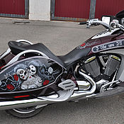 """Дизайн и реклама ручной работы. Ярмарка Мастеров - ручная работа Аэрография на мотоцикле Victory- """"Чикано"""".. Handmade."""