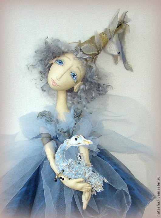 Коллекционные куклы ручной работы. Ярмарка Мастеров - ручная работа. Купить Новенькая настенная куколка  ПТИЦА СЧАСТЬЯ. Handmade. Голубой