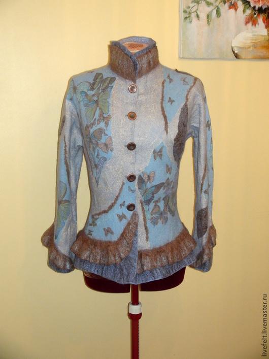 """Пиджаки, жакеты ручной работы. Ярмарка Мастеров - ручная работа. Купить Валяный пиджак """"Изысканный""""  """"Бабочки"""" голубой. Handmade. Бежевый"""