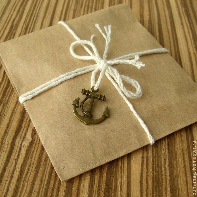 Как упаковать подарок конвертиком 97