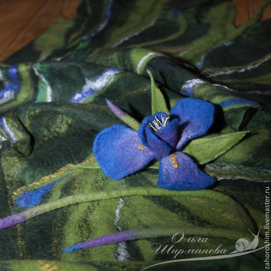 """Шали, палантины ручной работы. Ярмарка Мастеров - ручная работа. Купить Авторский палантин """"Ирис"""", нунофелтинг. Handmade. шерсть, цветок"""