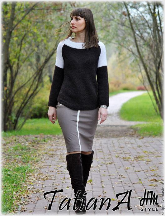 """Кофты и свитера ручной работы. Ярмарка Мастеров - ручная работа. Купить Классический  свитерок  """"Есть в осени первоначальной....."""". Handmade."""