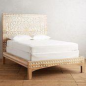 Кровати ручной работы. Ярмарка Мастеров - ручная работа Кровать двухместная с резьбой. Handmade.