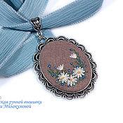 Украшения handmade. Livemaster - original item Embroidered pendant hi, camomile!. Handmade.