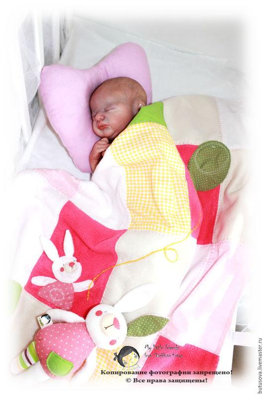 Пледы и одеяла ручной работы. Ярмарка Мастеров - ручная работа. Купить Лёгкое одеялко для малышки с аппликацией.. Handmade. Комбинированный, одеяло