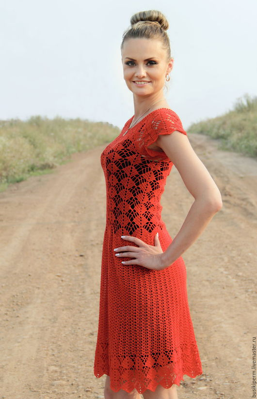 Платья ручной работы. Ярмарка Мастеров - ручная работа. Купить Ярко-красное вязанное крючком платье. Handmade. Ярко-красный