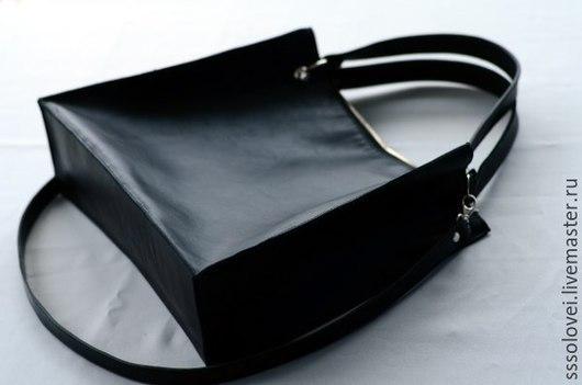 Женские сумки ручной работы. Ярмарка Мастеров - ручная работа. Купить Кожаный шоппер, размер S. Handmade. Черный, кожа