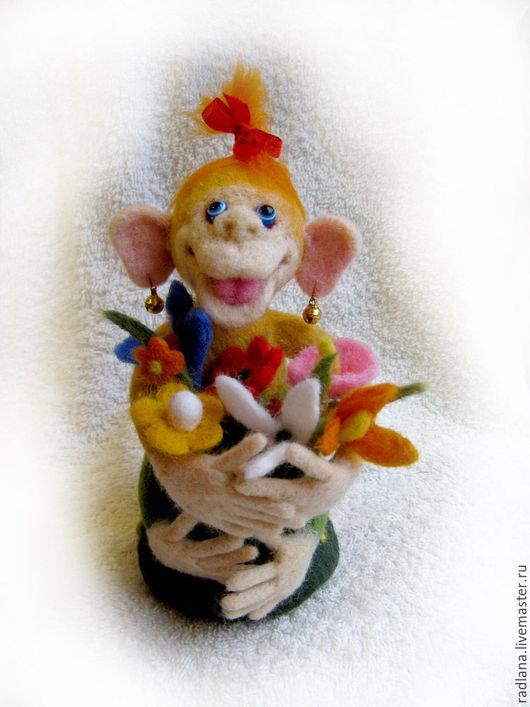"""Игрушки животные, ручной работы. Ярмарка Мастеров - ручная работа. Купить Войлочная фигурка — """"Я такая вся счастливая!"""". Handmade."""