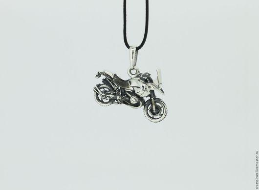 Мотоцикл BMW R1200GS.  CRAZY SILVER ™  Кулон ручной работы из серебра 925, максимальная детализация, масштабная копия культового туристического  мотоцикла.